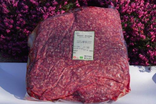 Hakket økologisk oksekød i pakke á 5 kg.